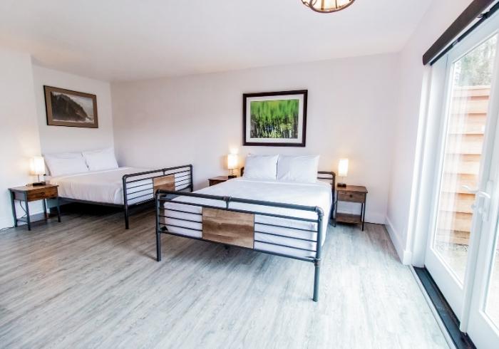 SCP Depoe Bay Double Queen Guest Room