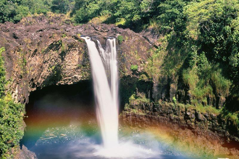 Rainbow Falls, Hawai'i