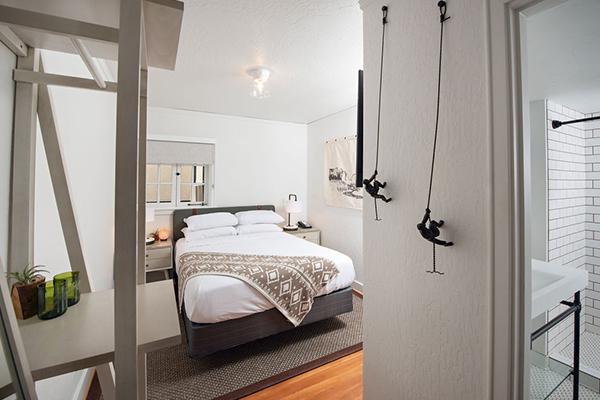 SCP Redmond Hotel Cozy Queen